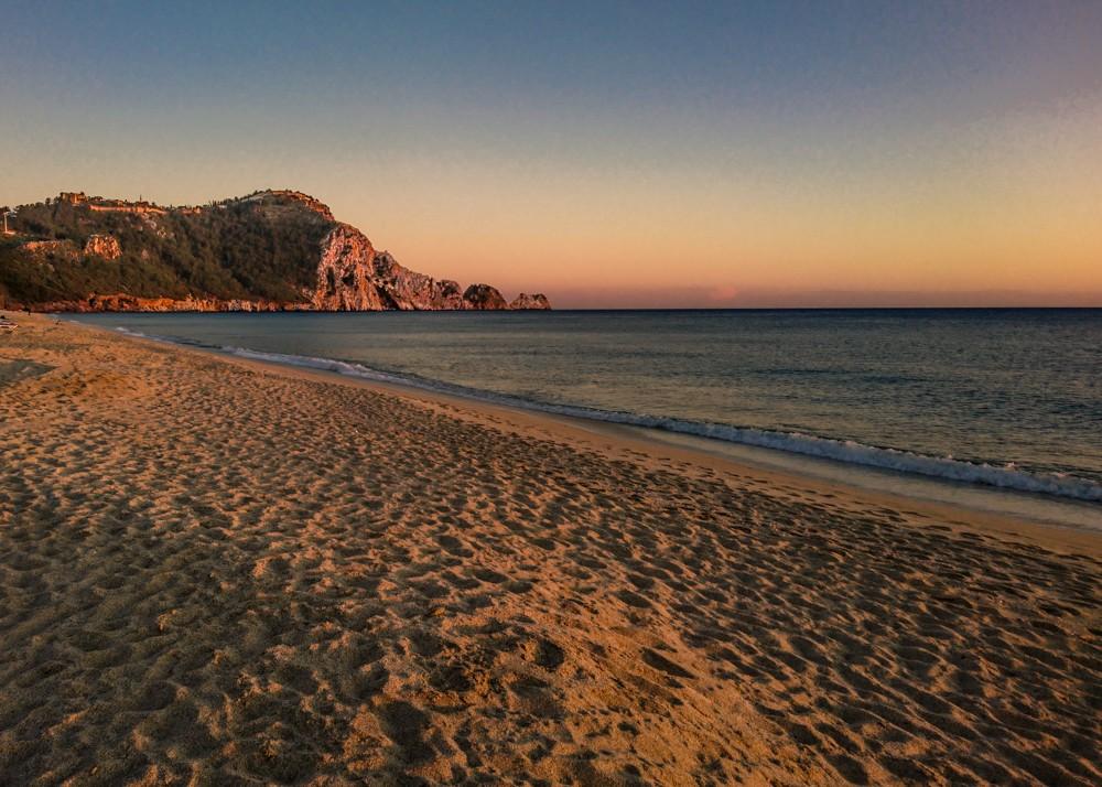 Zdjęcia: Alanya, Anatolia, plaża kleopatry o zachodzie słońca - z telefonu, TURCJA