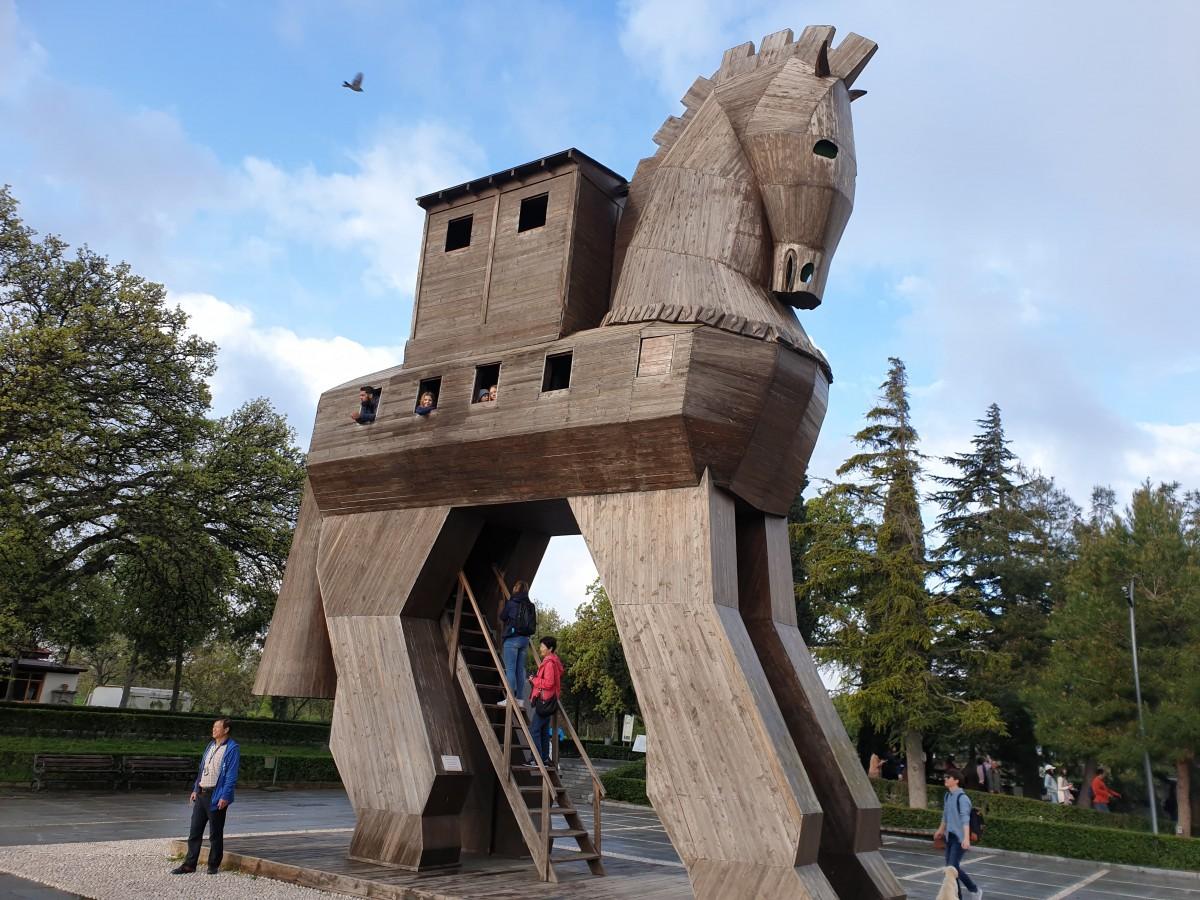 Zdjęcia: Turcja, Zachód Kraju, Koń Trojański - TROJA, TURCJA