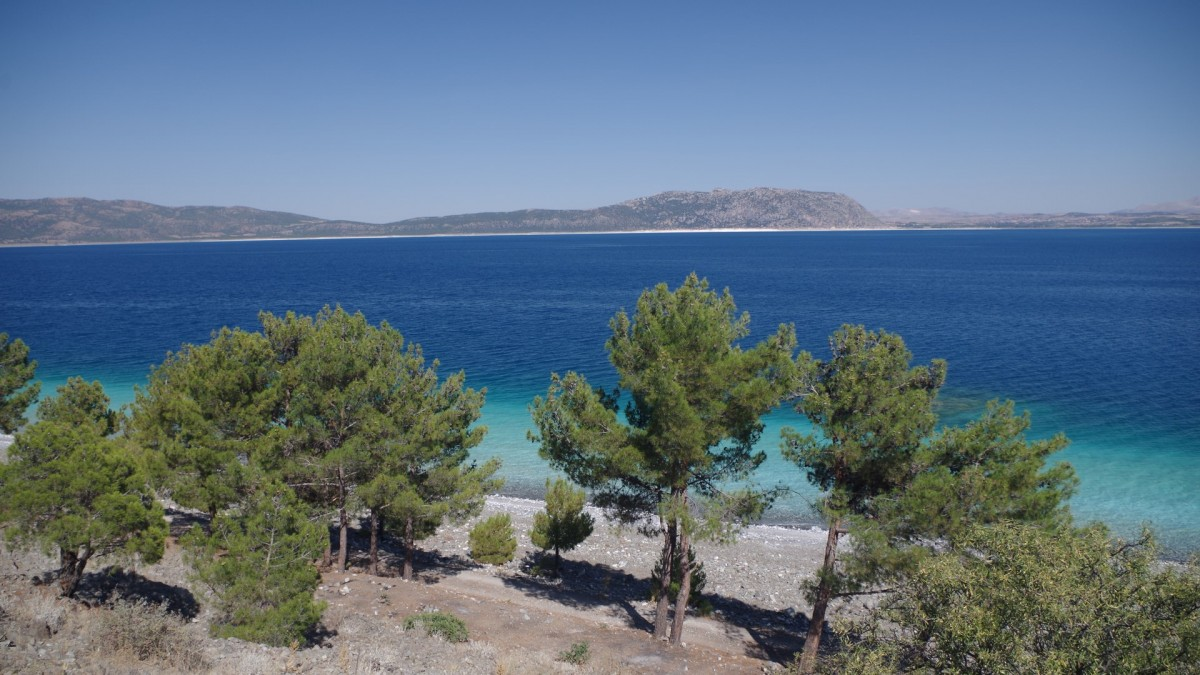 Zdjęcia: Salda Gölü, Turcja, Głęboki błękit jeziora w Turcji, TURCJA