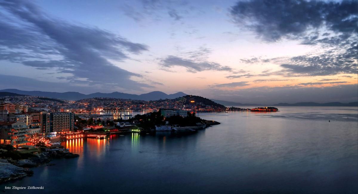 Zdjęcia: Kusadasi, Turcja Egejska , Widok na Ptasią wyspę, TURCJA
