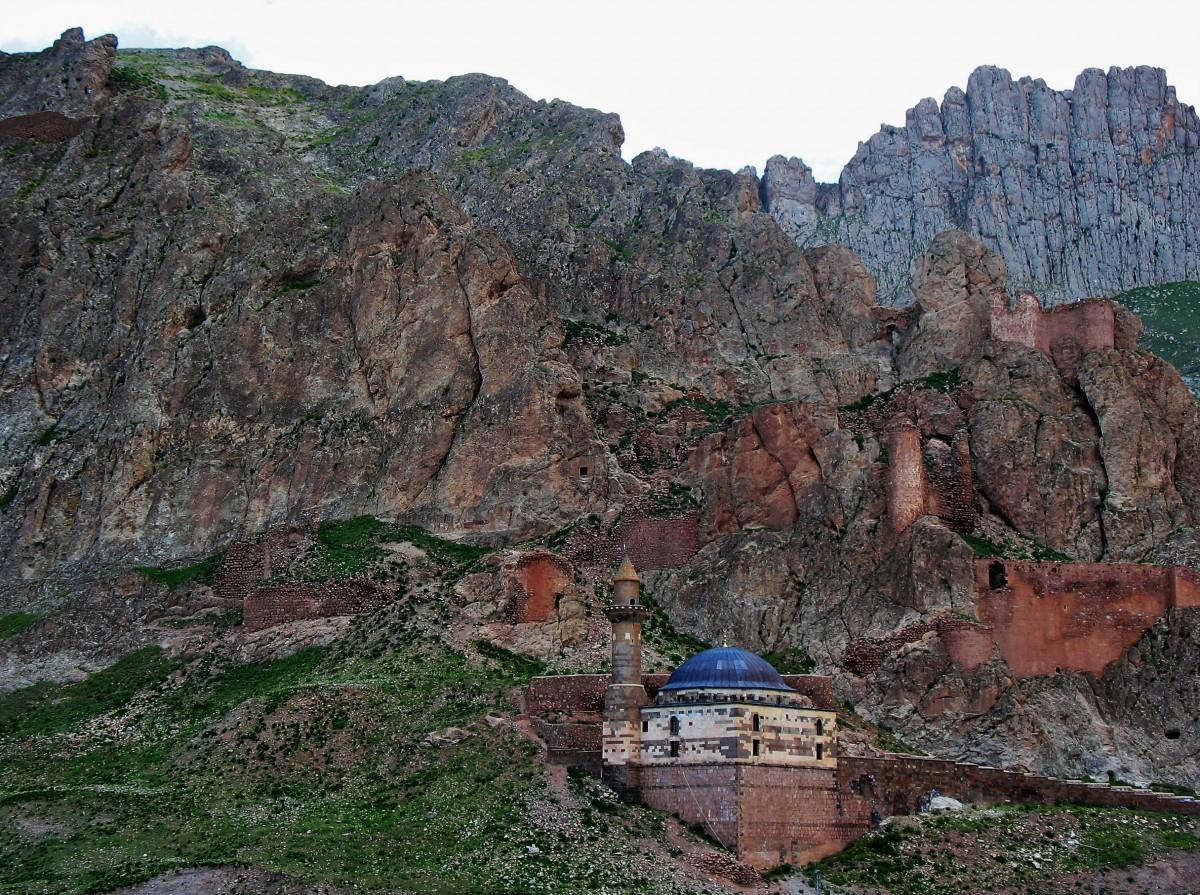 Zdjęcia: okolice Dogubeyazit  , Anatolia Wschodnia, Najniebezpieczniejszy rejon Turcji, TURCJA