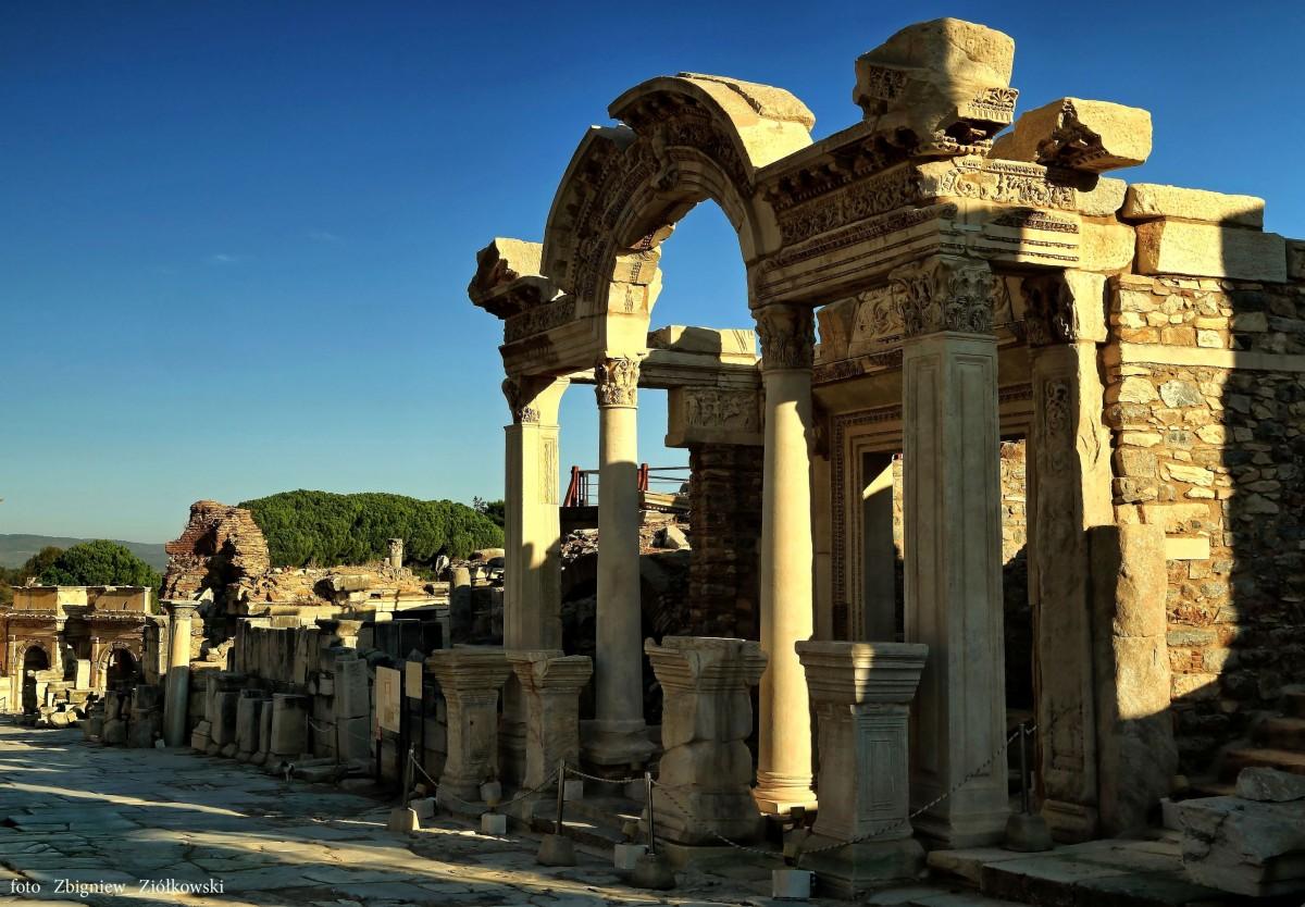 Zdjęcia: Efez,  Azji Mniejszej, Fontanna Trajana, TURCJA
