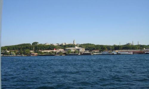 Zdjecie TURCJA / brak / Istambuł / Widok z Bosforu-pałac Topkapi