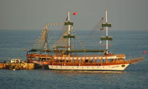 Zdjecie TURCJA / Alanya, Incekum / Hotel Jasmine Beach Resort / Pod turecką banderą