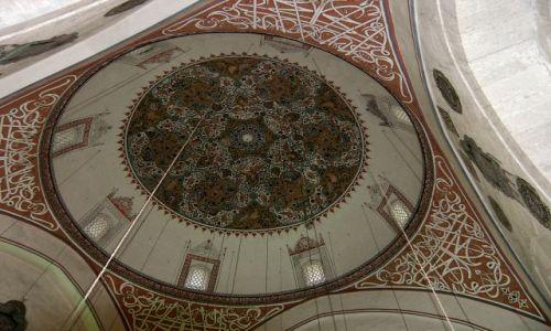 Zdjęcie TURCJA / Konya / Mauzoleum Mavlany / Pod kopułą