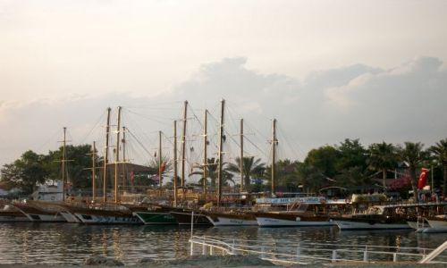 Zdjęcie TURCJA / Riwiera Turecka / Side / port