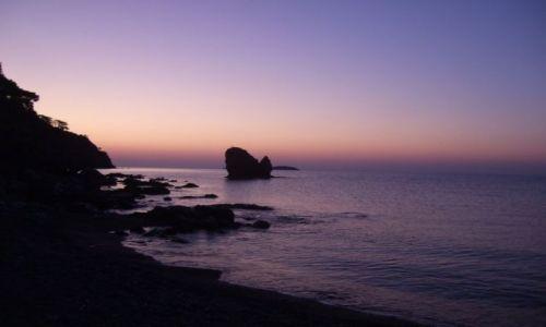 Zdjecie TURCJA / wybrzeże m. Śródziemnego / zagubiona plaża / świt