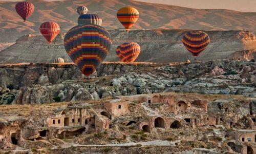 Zdjęcie TURCJA / - / Kapadocja / Kapadocja z lotu balonem