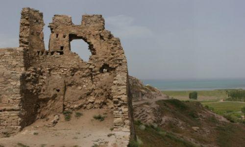 TURCJA / Wan / Jezioro Wan / Ruiny zamku Wan