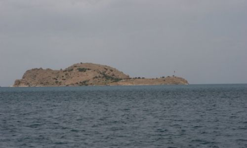 TURCJA / Wan / Jezioro Wan / Wyspa Akdamar