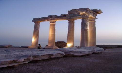 Zdjęcie TURCJA / Side / Side - ruiny świątyni Apollina / Świątynia Apollina - lekkość i potęga