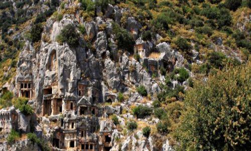 Zdjecie TURCJA / - /  Demre / Starożytne miasto - grobowce skalne .