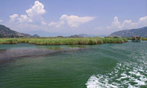 Zdjecie TURCJA / Azja mniejsza / Dolina rzeki  Daylan. / Malownicza rzeka.