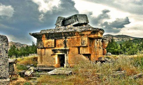 Zdjecie TURCJA / Hierapolis / Nekropolia / Nekropolia