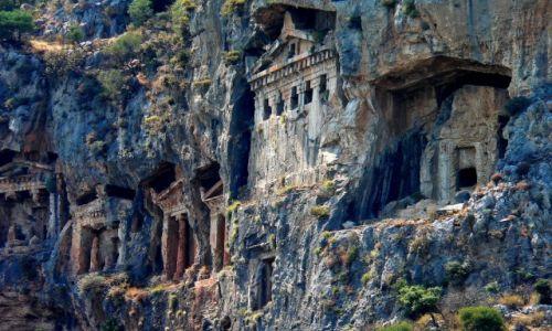 Zdjecie TURCJA / Anatolia / Dalyan / Grobowce w Dalyan.