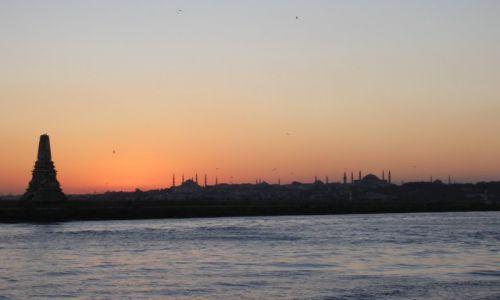 Zdjęcie TURCJA / ISTAMBUL / WIDOK O ZMIERZCHU  / WIDOK O ZMIERZCHU NA NIEBIESKI MECZET I HAGIA SOFIA