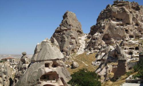 Zdjecie TURCJA / Kapadocja / Kapadocja / domy wydrążone w skałach Kapadocji