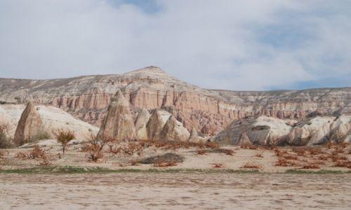 Zdjecie TURCJA / Kapadocja / Rose Valley / Pastelowy raj