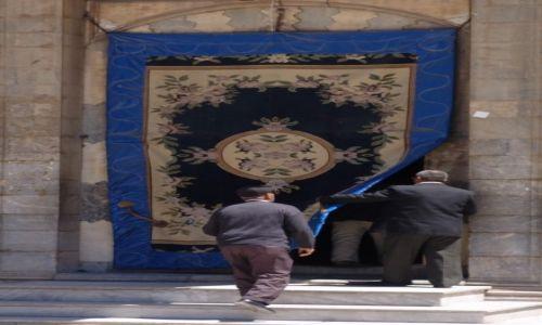 Zdjęcie TURCJA / Centralna Anatolia / Konya / Wejście do meczetu