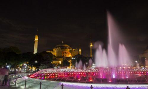 Zdjęcie TURCJA / Stambuł / Sultanahmet / Hagia Sophia nocą