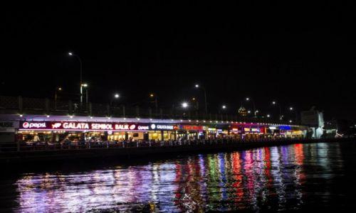 Zdjecie TURCJA / Stambuł / Most Galata / Most Galata nocą