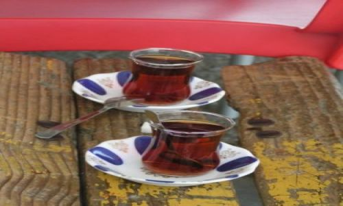 Zdjecie TURCJA / Cieśnina Bosfor / Stambuł / Herbatki tureckie
