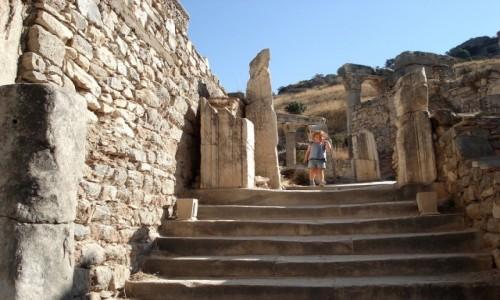 Zdjęcie TURCJA / Turcja Egejska / Efez / W starożytnym Efezie.