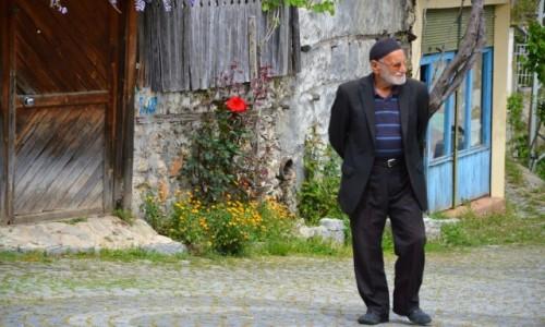 Zdjęcie TURCJA / Ormana / Góry Taurus / W tureckiej wsi