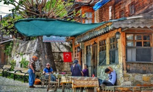 Zdjecie TURCJA / - / Ormana / Uroki tureckiej wsi