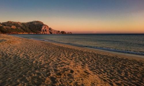 Zdjecie TURCJA / Anatolia / Alanya / plaża kleopatry o zachodzie słońca - z telefonu