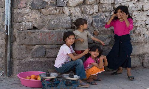 Zdjecie TURCJA / południowy wschód / Diyarbakir / Dzieci z Diyarb