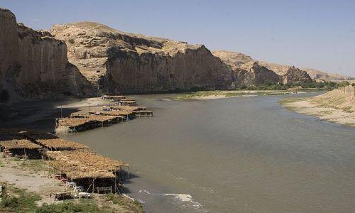 Zdjęcie TURCJA / brak / Hasankeyif / kafejki nad Tygrysem