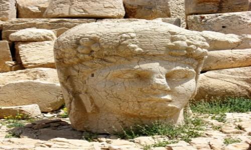 Zdjecie TURCJA / Anatolia Wschodnia / Nemrut / Apollo z Nemrutu