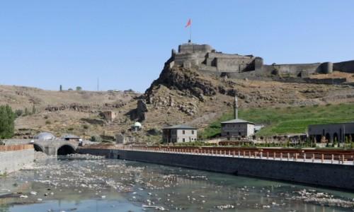 Zdjecie TURCJA / wschodnia Anatolia / Kars / Widok na twierdzę w Kars