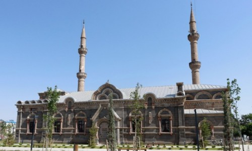 Zdjecie TURCJA / wschodnia Anatolia / Kars / Rosyjska cerkiew z końca XIX w. przebudowana na meczet
