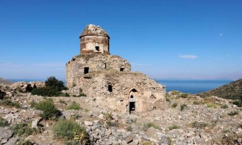 Zdjecie TURCJA / wschodnia Anatolia / Altinsac / Ruiny kościoła św. Tomasza