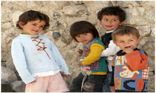 Zdjęcie TURCJA / Kapadocja / kapadocja / Ciekawość - dzieci