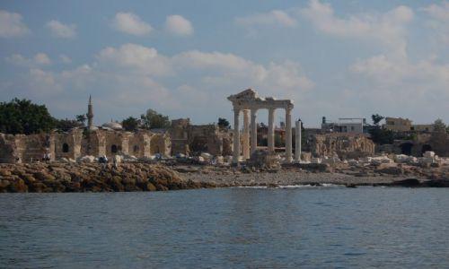Zdjecie TURCJA / brak / Side / Ruiny świątyni Apollina