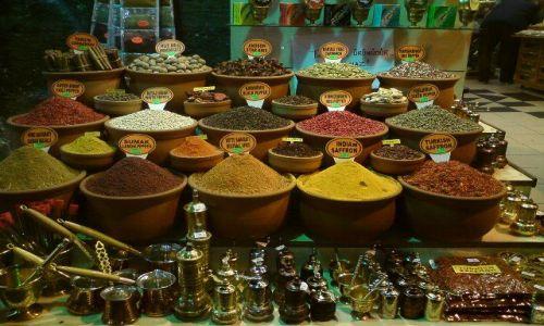 Zdjecie TURCJA / brak / Stambuł / Gdzieś na bazarze