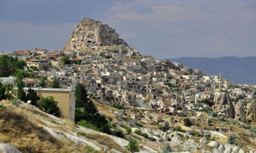 Zdjęcie TURCJA / Kapadocja / Turcja / Miasto Ortahisar