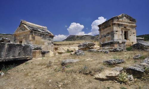 Zdjęcie TURCJA / Hierapolis / Turcja / grobowce
