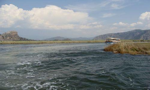 Zdjecie TURCJA / brak / rzeka Dalyan / krajobraz z �od