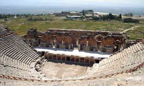 Zdjecie TURCJA / brak / Hierapolis - Pamukkale / Teatr Rzymski