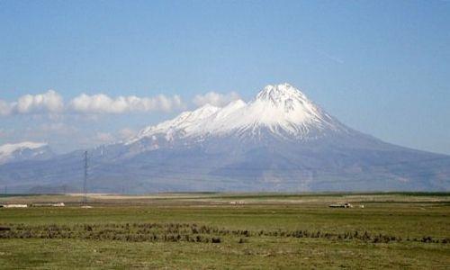 Zdjecie TURCJA / Wyżyna Osmańska / W pobliżu miasta Aksaray / Wulkan Hasana (Hasan Dağı) - 3253 m n.p.m.