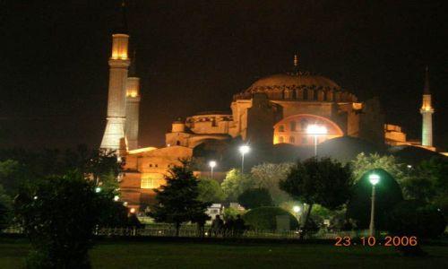 TURCJA / Turcja / Stambuł / Hagia Sophia nocą