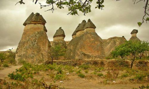 Zdjecie TURCJA / Anatolia / Miasto Ortahisar, światowe dziedzictwo Unesco / Kosmiczny krajobraz Kapadocji