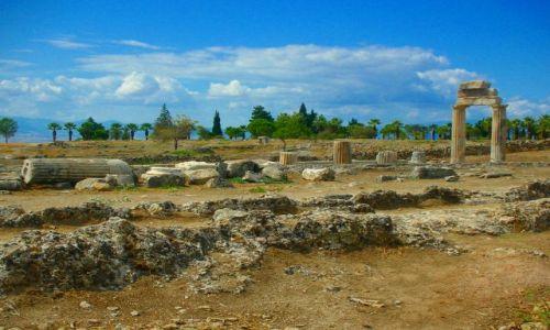 Zdjecie TURCJA / Anatolia / zbocze góry Cökelez / Ruiny Hierapolis