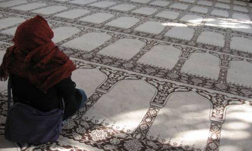 Zdjecie TURCJA / Istanbul / Istanbul / w meczecie