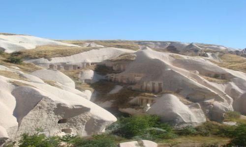 Zdjecie TURCJA / Anatolia / Kapadocja / domy w skałach