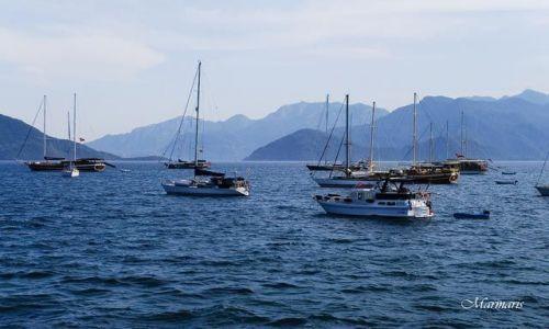 Zdjecie TURCJA / Morze Egejskie / Marmaris / Jachty w zatoce morza Egejskiego